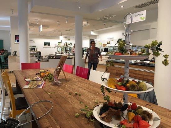 adelhaus vegetarisches bio buffet freiburg restaurant bewertungen telefonnummer fotos. Black Bedroom Furniture Sets. Home Design Ideas