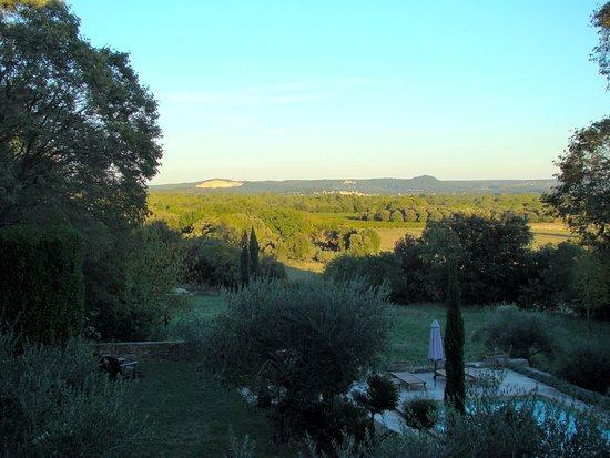 Montaren-et-Saint-Mediers, Francia: view from gîte 'grenadier'