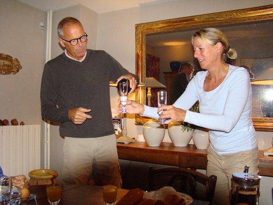 Montaren-et-Saint-Mediers, Francia: warm and friendly hosts