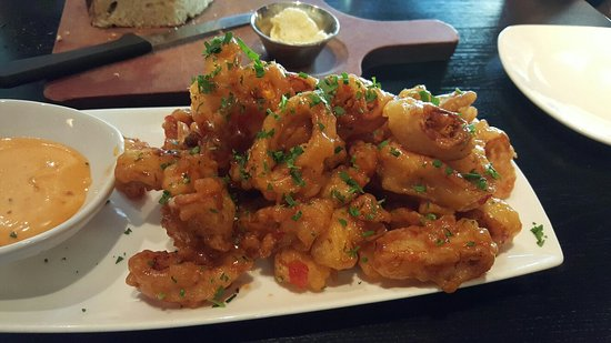 Wheeling, IL: Calamari with  a touch of sweet chili