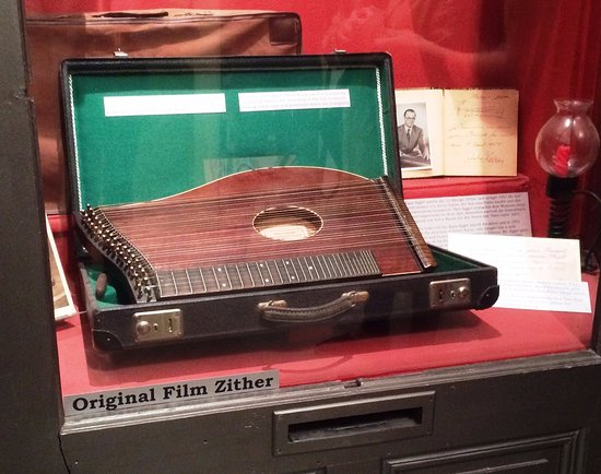 Dritte Mann Museum: Zither that was played throughout the film