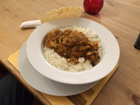 Ottery St. Mary, UK: Chicken Curry