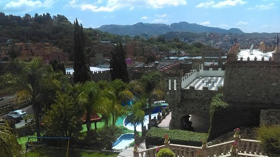 Castillo Santa Cecilia Hotel: IMAG1271_large.jpg