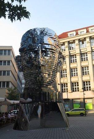 a98826cea96 Socha Franze Kafky  Prague