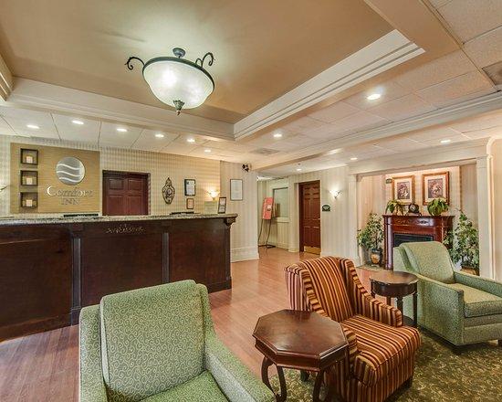 Staunton, VA: Interior