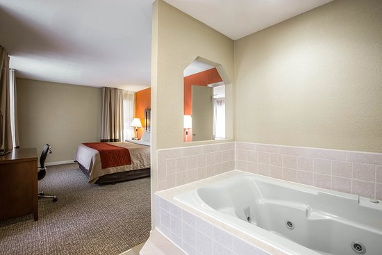 Comfort Inn: SNK