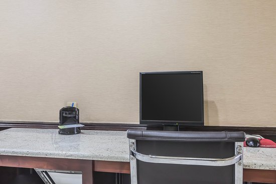 Comfort Inn Nashville/White Bridge: Business center