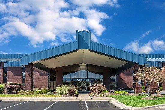 Comfort Inn - Hall of Fame: Exterior