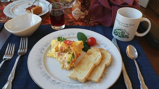 Echoes of the Glen Bed & Breakfast: Breakfast