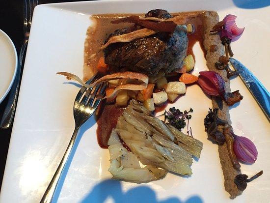 Top Floor Bar & Restaurant: Nydelig utsik og god mat.