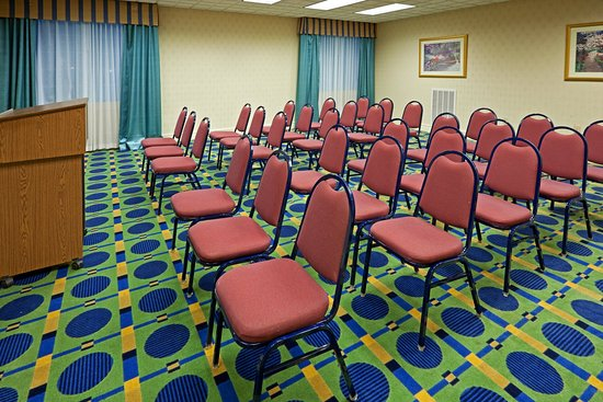 Holiday Inn Express Reading: Meeting Room