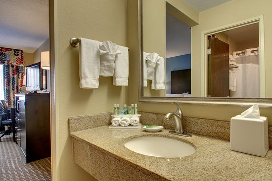 Oak Grove, KY: Guest Bathroom