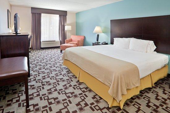 Apex, Carolina del Norte: Spacious King Guest Room