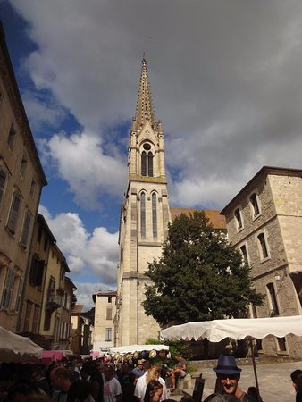Saint-Antonin Noble Val, Γαλλία: Torre Iglesia