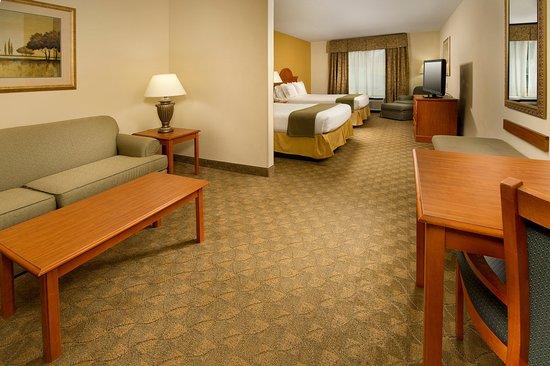 Lenoir City, Теннесси: Two Queen Bedroom Suite