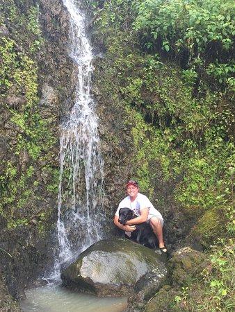 Makawao, Hawái: Your guide and his dog, Kimo