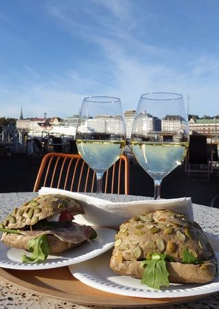Helsinki Allas: Chablis and roll snack, beautiful cool October sunday