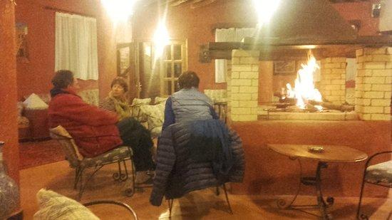 Auberge Ksar Sania: Un feu de cheminée réconfortant!