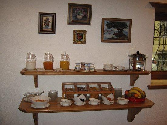 Hotel Languard: Breakfast station 3