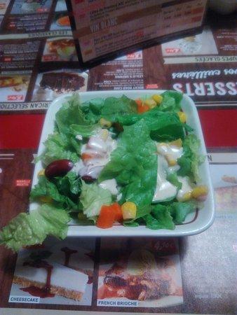 Plaisir, Francia: Salade d'acceuil