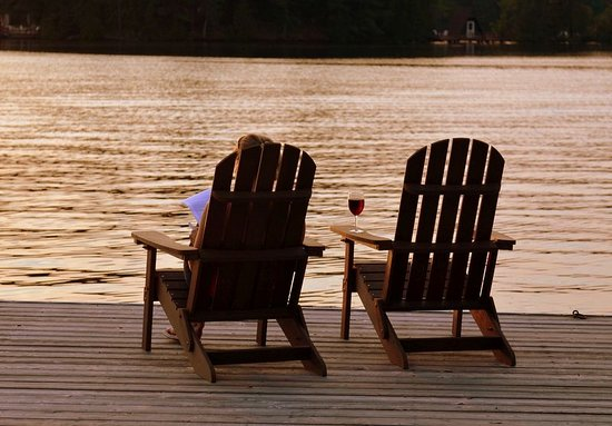 Buckhorn, Канада: Adirondack Chairs - Christine Brickman