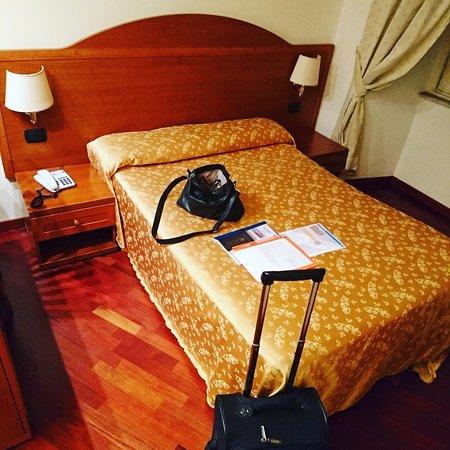 Priscilla Hotel: Cama muy cómoda :)