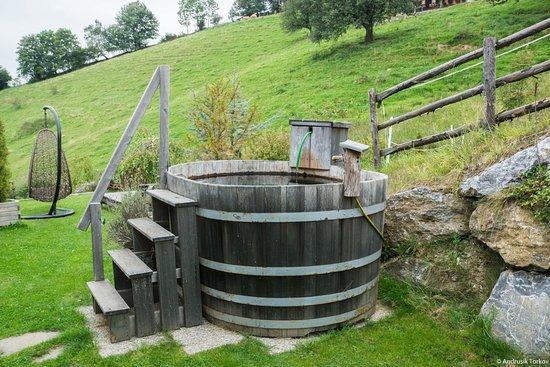 St. Kathrein am Offeneg, Österrike: Kaltwasserbecken für die Sauna