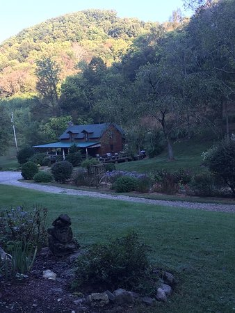 Gordonsville, TN: view from the gazebo area