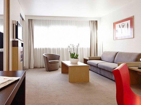 Survilliers, Франция: Guest Room