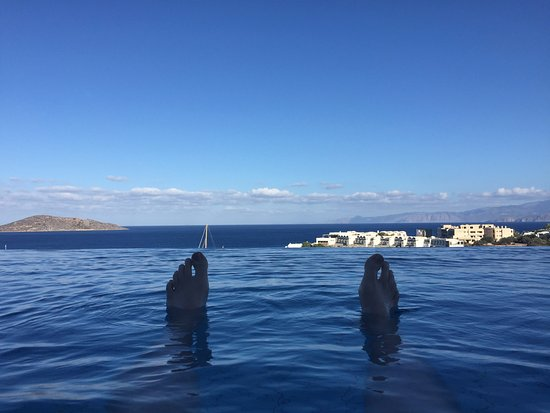 Six Senses Spa at Porto Elounda Crete: To infinity and beyond...