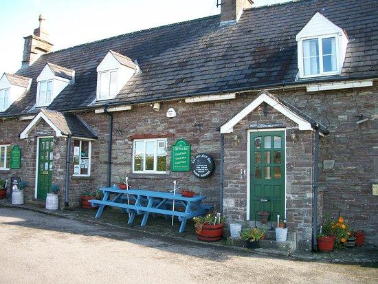 Llanhamlach, UK: Ford inn2