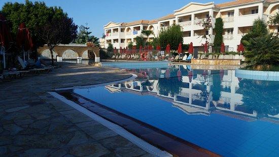 Bitzaro Grande Hotel: 20160926_093708_large.jpg