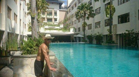 Aston Kuta Hotel & Residence: IMG_20161006_220908_large.jpg