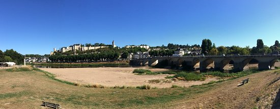 Mouliherne, France: Chinon