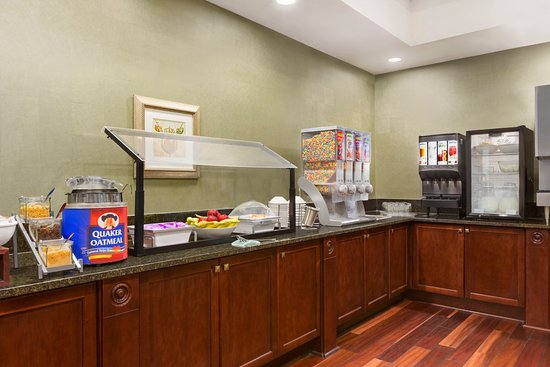 Country Inn & Suites By Carlson, Athens: Breakfast Room