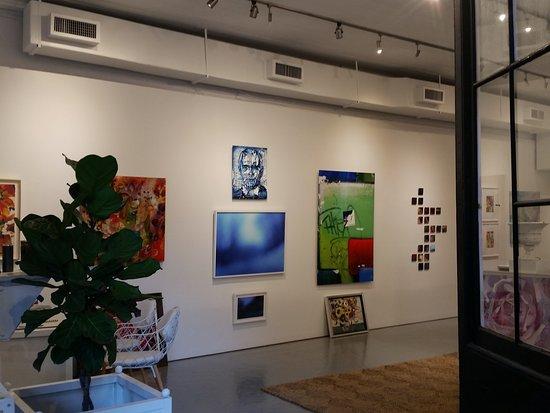 YVE Gallery