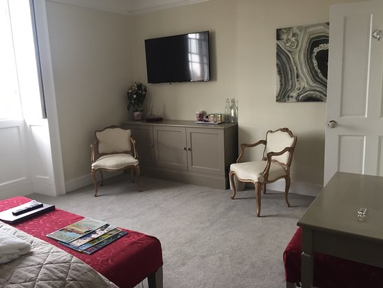Broadway House Luxury Serviced Rooms