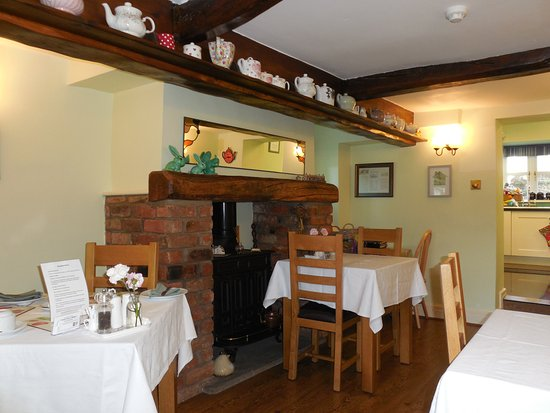 Middle Holly Cottage : Lovely breakfast room