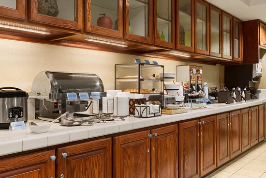 Country Inn & Suites By Carlson, Macon North: Breakfast Room