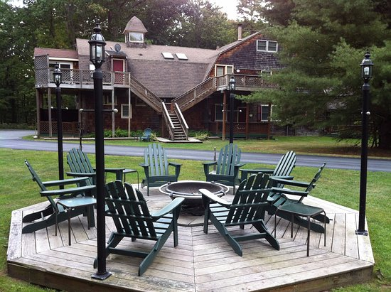 Forestburgh, NY: Fire Pit/Carriage House