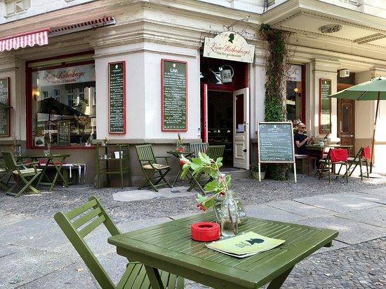 the restaurant from outside bild von lina rothenberger feine