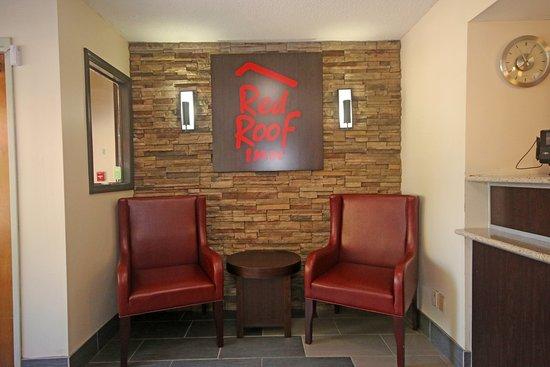 Rodeway Inn Expo Center: Lobby
