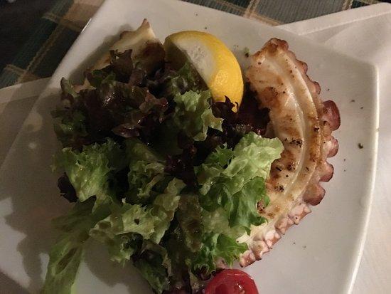 gods restaurant oktopus vom grill