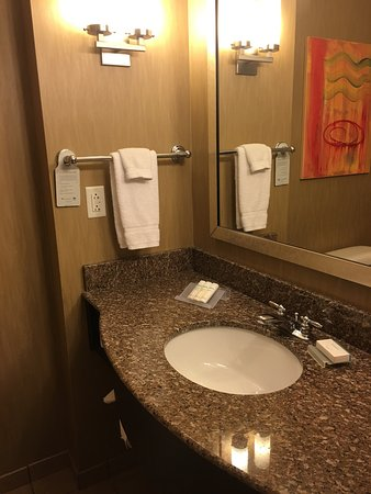 Hilton Garden Inn Springfield: Stayed two nights, the staff was great and very friendly. The rooms were very clean and comforta