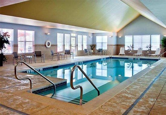 Branchburg, นิวเจอร์ซีย์: Indoor Pool