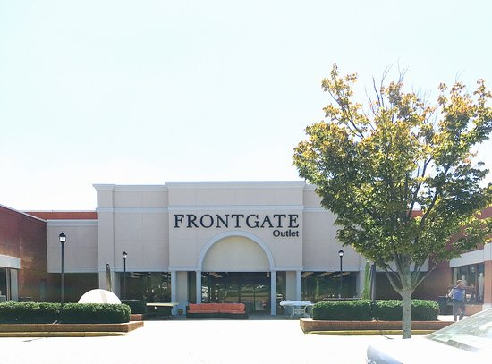 Grandinroad/Frontgate Roswell Outlets