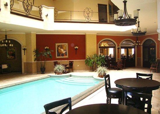 Clarion Suites Mediterraneo: Pool