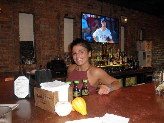 Grosse Pointe, MI: katherine the cute bartender.....