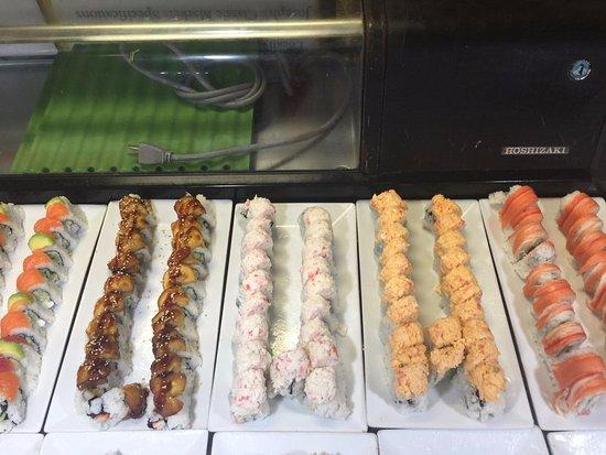 Royal Palm Beach, FL: Sushi Rolls