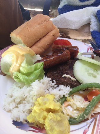 South Pacific Cruises - Coongoola Day Cruise: BBQ Lunch
